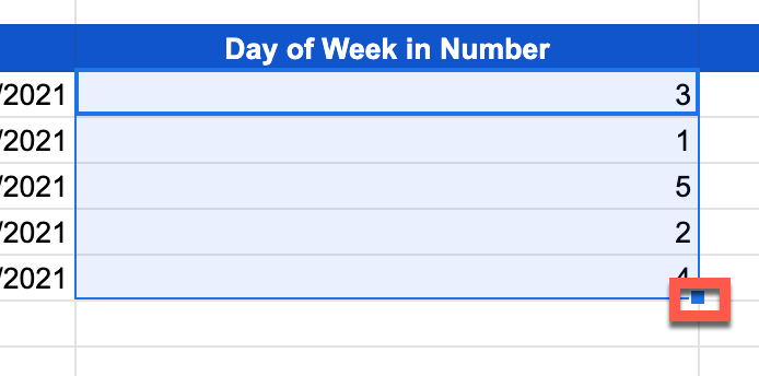 Dragging blue box to apply formula to rest of column in Google Sheets